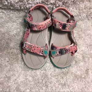 Girls Northside Sandals Size 4 Good Used Condition